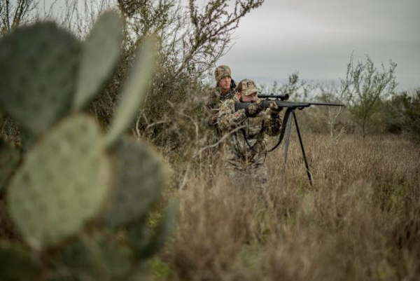 Thiessens Launches V1 Whitetail Hunting Clothing System